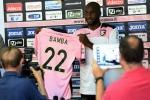 Il Palermo sfoltisce la rosa, Bamba al Leeds: arriva l'ufficialità