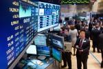 Schiaffo di S&P all'Italia: rating quasi a livello spazzatura