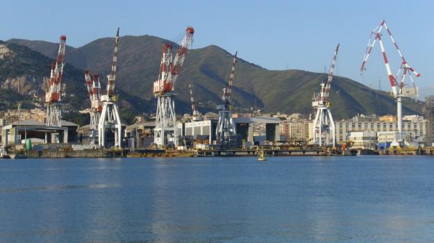 cantieri navali palermo, Palermo, Economia