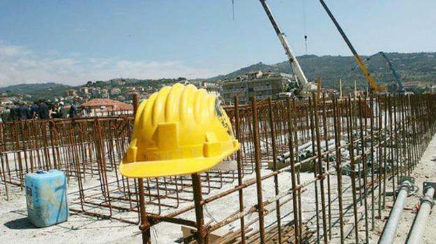ance, costruttori, Crisi, edilizia, licenziamenti, Sicilia, Sicilia, Economia