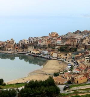 Castellammare, maggioranza in crisi: anche Cruciata ritira il suo appoggio