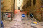 Palermo, crolla il cornicione in una palazzina a Ballarò