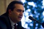 Napoli, De Magistris sospeso dalla carica di sindaco: arriva la notifica firmata dal prefetto