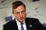 """Bce pessimista, Draghi: """"Siamo pronti ad intervenire"""""""
