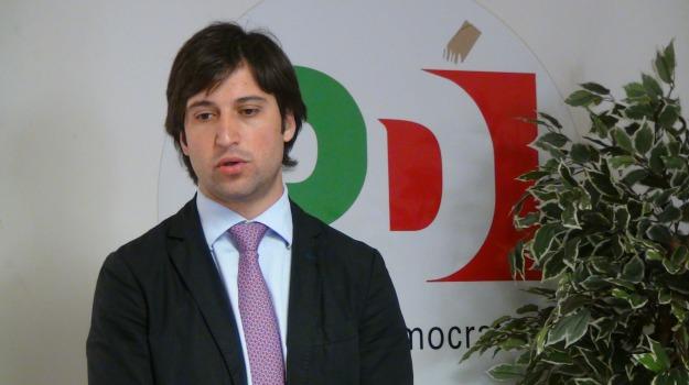 Fabrizio Ferrandelli, Sicilia, Archivio
