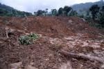Frana, ricerche sotto il fango: ancora 150 dispersi