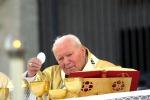 A Lucca Sicula la reliquia di papa Giovanni Paolo II