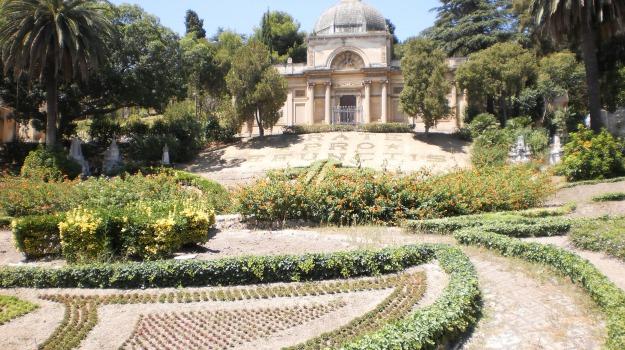 Cimitero, messina, Messina, Cronaca