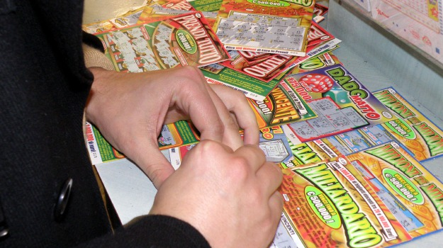 fortuna, gratta e vinci, Lotteria, Palermo, Cronaca