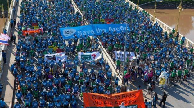 ambiente, Artico, Greenpeace, pedalata, Sicilia, Mondo