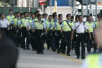 Hong Kong, la polizia rimuove le barricate dei manifestanti