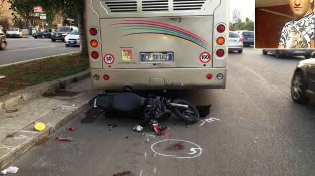incidente, Palermo, Alessandro Caravello, Palermo, Cronaca