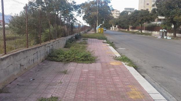 dissestati, lettori, marciapiedi, segnalazioni, strade, Palermo, Cronaca