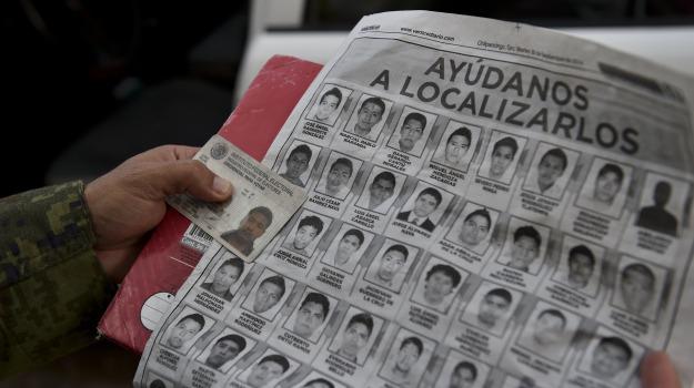 fosse, indagini, messico, scomparsi, studenti, Sicilia, Mondo