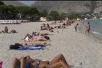 Bagni di metà ottobre a Mondello, guarda il video