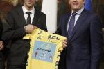"""Nibali a Palazzo Chigi. Renzi: """"È molto più che un atleta"""". Le foto"""