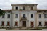 Rinvenuti fusti con acido muriatico a Caltanissetta: aperta inchiesta
