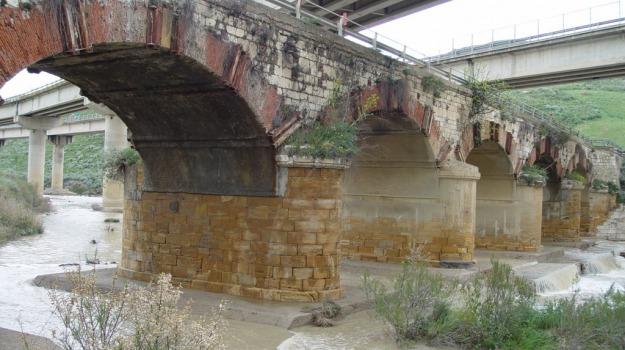 anas, bando, caltanissetta, consolidamento, lavori, ponte cinque archi, Sicilia, Cronaca