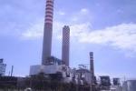 Gela, tensione all'area industriale: operai della Turco bloccano ingresso