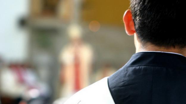 Chiesa, sacerdoti, seminaristi, vocazione, Sicilia, Società