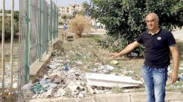 degrado, protesta, rifiuti, Sciacca, Agrigento, Cronaca