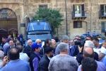 Dalla Formazione ai forestali: i lavoratori scendono in piazza a Palermo