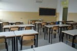 Tre classi in una sola aula, studenti in sciopero a Vulcano