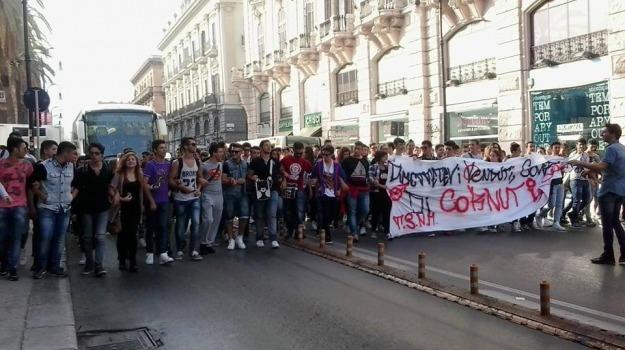 manifestazione, protesta, scuola, studenti, Gianluca Scuccimarra, Sicilia, Palermo, Cronaca