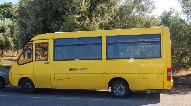 marsala, protesta, scuolabus, Trapani, Cronaca