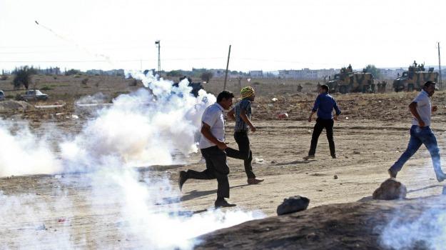 attivista, scontri, Siria, Sicilia, Mondo
