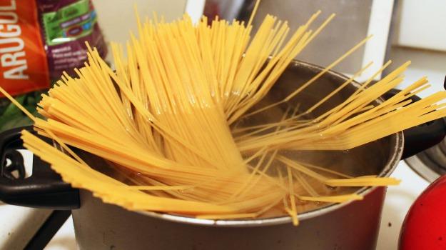 cucina italiana, kit, regalo, Sicilia, Società