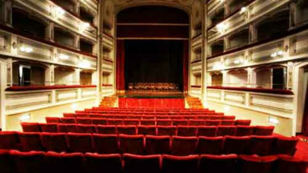 teatro garibaldi enna, Enna, Cultura