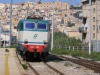 Auto parcheggiata vicino al passaggio a livello di Bagheria, ritardi dei treni fino a 49 minuti