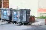 Trapani, in via Virgilio tornano i cassonetti ma sono in cattive condizioni