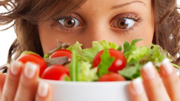 alimentazione, cibo, problemi, rapporto, Sicilia, Società