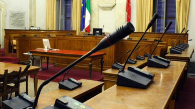 consiglio comunale, Caltanissetta, Politica