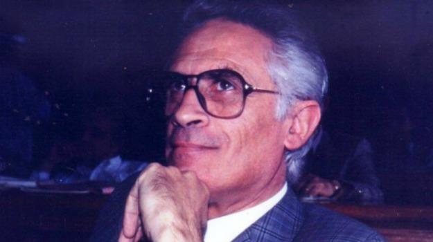 comune vittoria, provincia ragusa, Emanuele Giudice, Ragusa, Cronaca