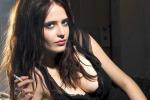 Eva Green, musa sexy per il calendario Campari: 12 mesi di fascino insieme alla diva del cinema - Foto
