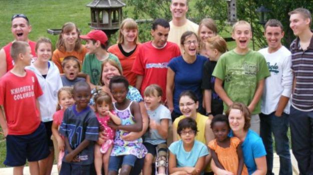 adozione, coniugi, famiglia, figli, genitori, Sicilia, Società