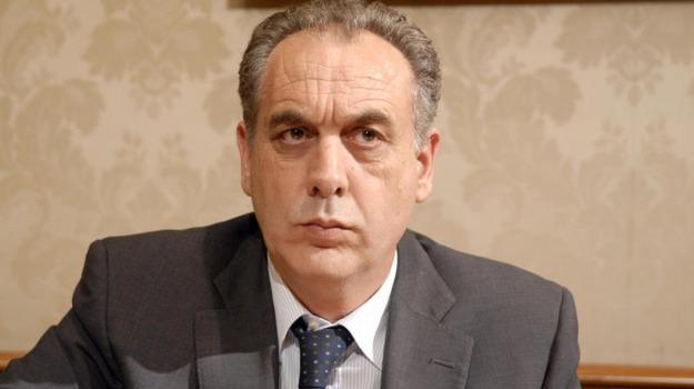 Rimozione sindaci, Giovanni Legnini, Sicilia, Politica