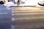 Travolta in via Lincoln: in un video il luogo dell'incidente