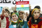 Isis, ragazzini frustati con i cavi elettrici a Kobane