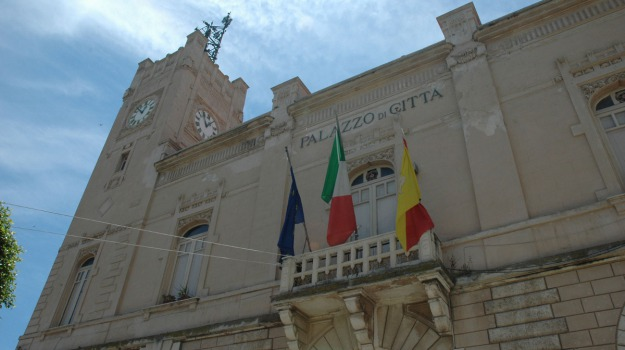 aggressione sindaco, licata, Agrigento, Cronaca