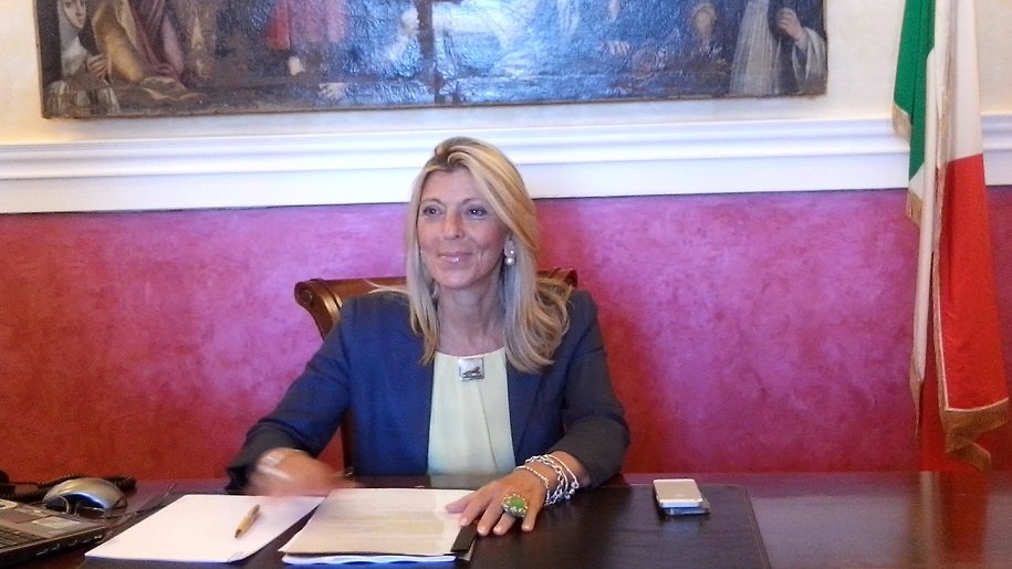 Ufficio Di Rappresentanza In Italia Dipendenti : La regione in cerca di due dipendenti per bruxelles lufficio delle