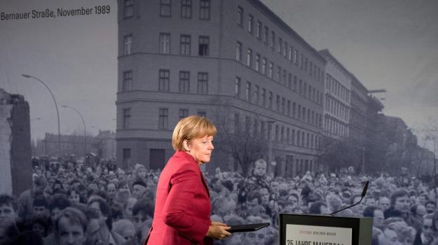anniversario, berlino, muro, Angela Merkel, Sicilia, Mondo