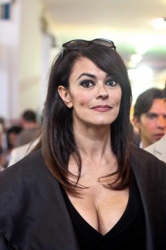 Maria Grazia Cucinotta Calendario Lavazza.Il Brasile Omaggia Il Cinema Italiano Maria Grazia