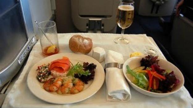 iniziativa, passeggeri, pasti, volo, Sicilia, Società