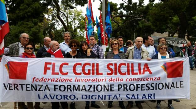 formazione, manifestazione, regione, Palermo, Cronaca