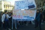 In piazza contro il governo Renzi: protestano a Palermo i lavoratori Cobas - Foto