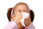 Poco sonno e troppo coperti: ecco perchè i bimbi sono più soggetti al raffreddore